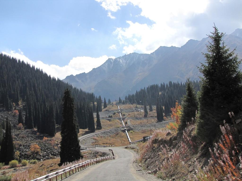 Дорога на большое Алматинское озеро